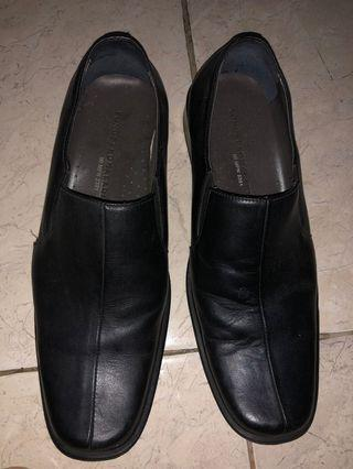 Sepatu Fantofel Yongki Komaladi Size  39