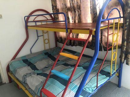 Double Decker Bed 3v