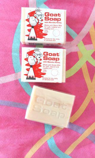 🌟Goat Soap with Manuka Honey🌟