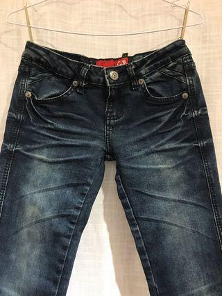 A.D.F美國品牌直筒小窄管微刷白牛仔褲