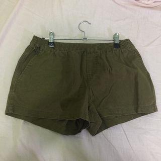 🈹大降價🈹 WHO.A.U棉麻軍綠短褲