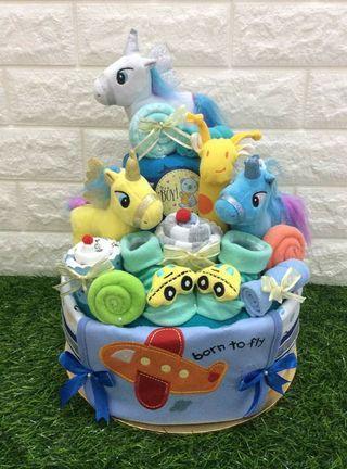 Unicorn custom-made diaper cake gift