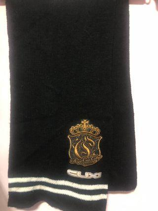 黑色厚圍巾