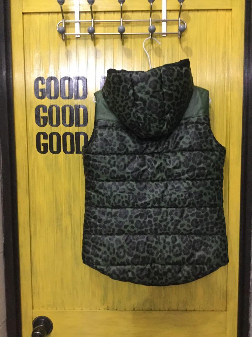 背心外套-豹紋拼接、連帽馬甲背心-鋪棉超暖