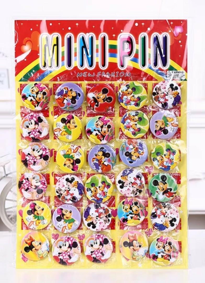 Cartoon badge / pin,  kid birthday party goodies item