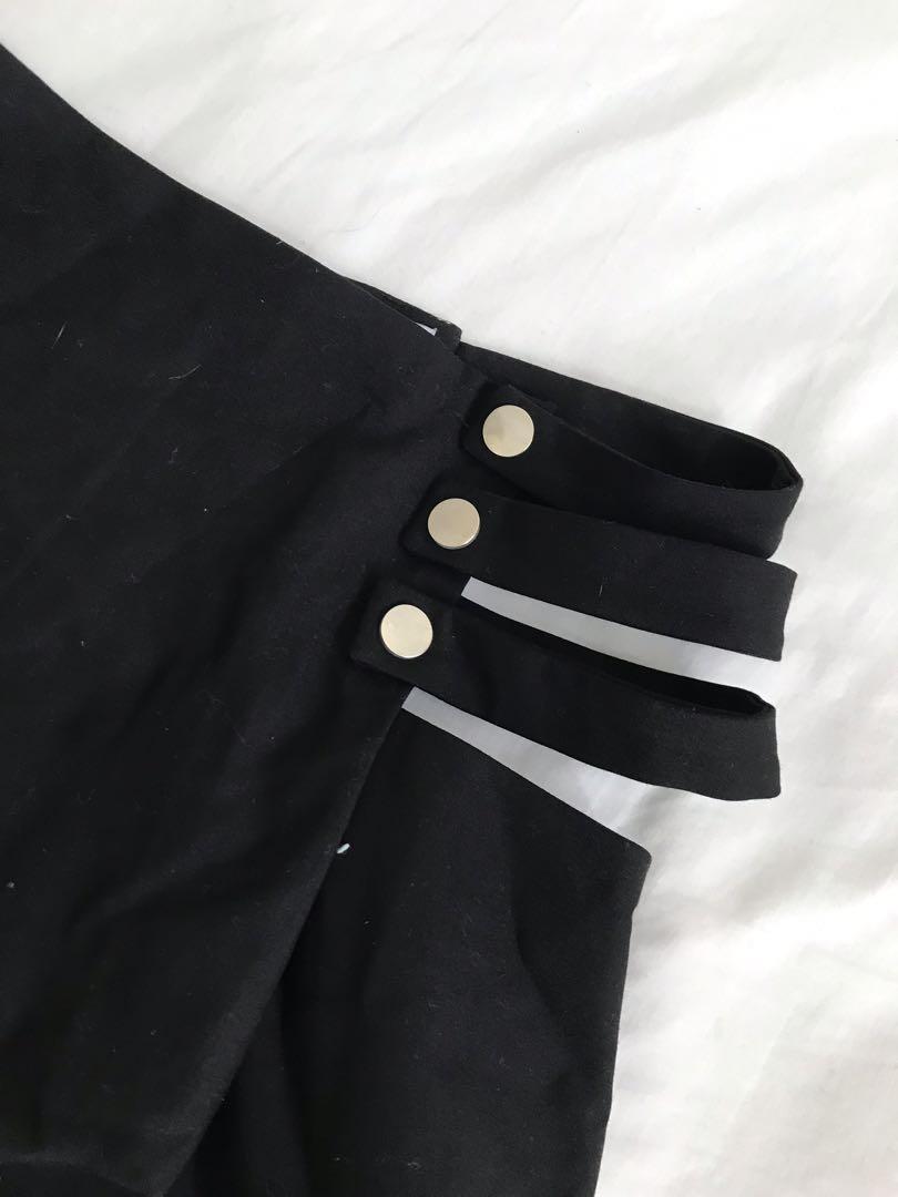 Cut out black skirt