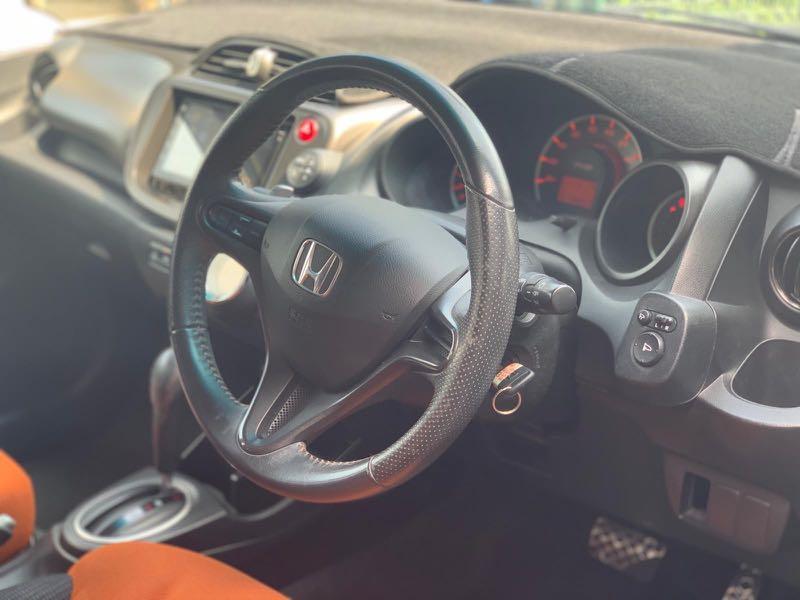HONDA FIT GE8 RS 2010