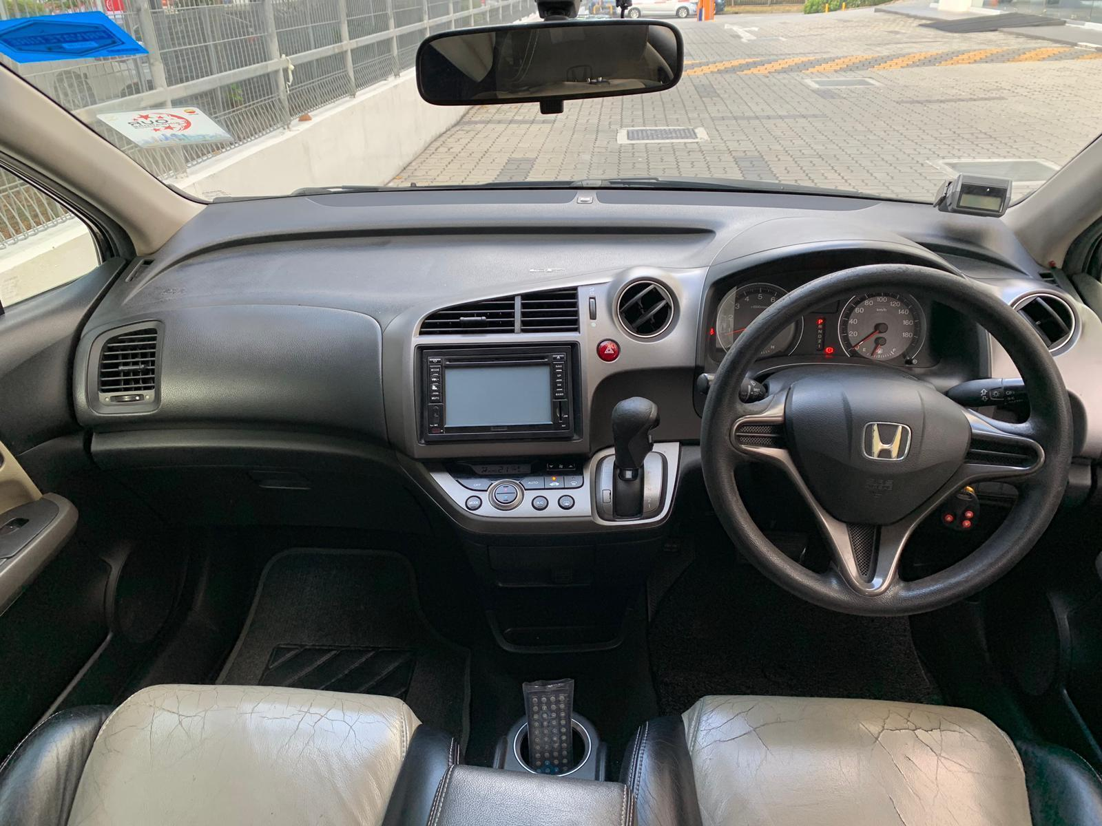 Honda Stream RENTING OUT THE CHEAPEST VEHICLE FOR Grab/Ryde/Personal USAGE