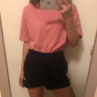 粉色小logo上衣