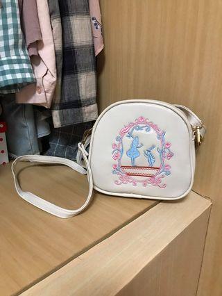 艾莉絲側背包包❤️