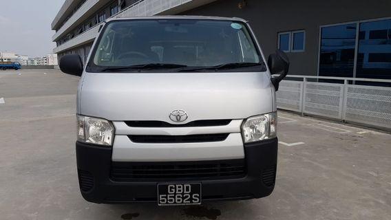 Toyota Hiace 2.8 DX Auto
