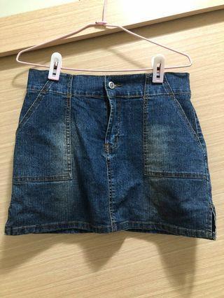 牛仔短裙 #牛仔裙 #丹寧 #深藍色 #半價衣服拍賣會