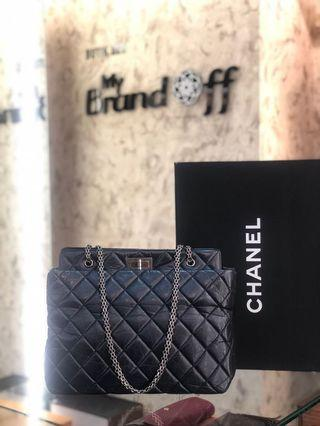 Chanel reissue tote