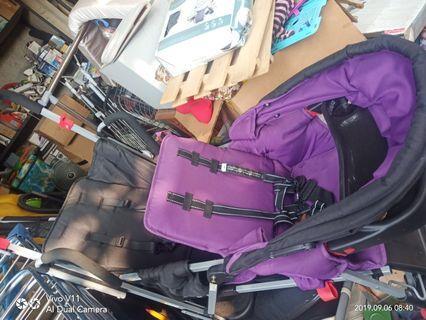 Stroller bayi double seat merk joovy