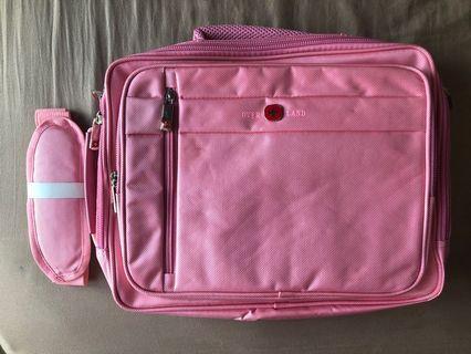 Overland美國十字軍 萬用包=筆電包+側背包+後背包+手提包