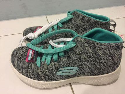Skechers超輕慢跑女鞋
