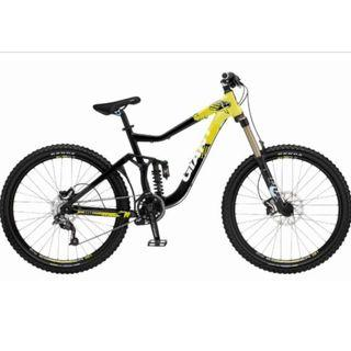 Giant Reign SX All Mountain Full Suspension  2011 - Small