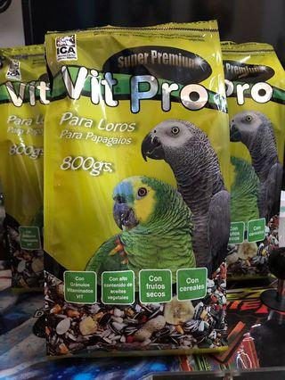 Parrot Food, with vitamins Buy 1 Free 1