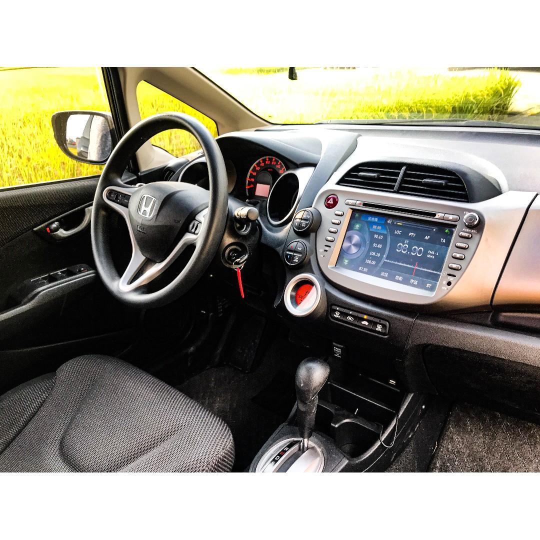 2013年 Honda Fit 1.5 車在桃園
