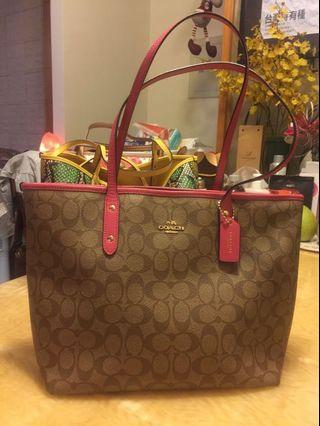 👩🏻媽媽的二手包系列coach-粉邊搭滿版logo實用托特包