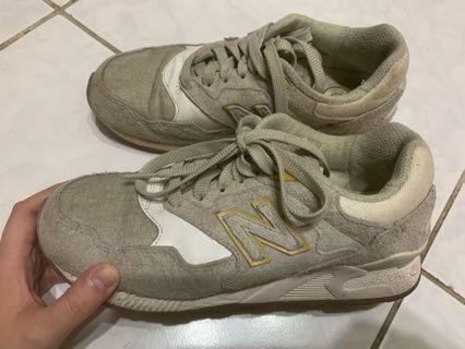 New balance878米灰色復古鞋