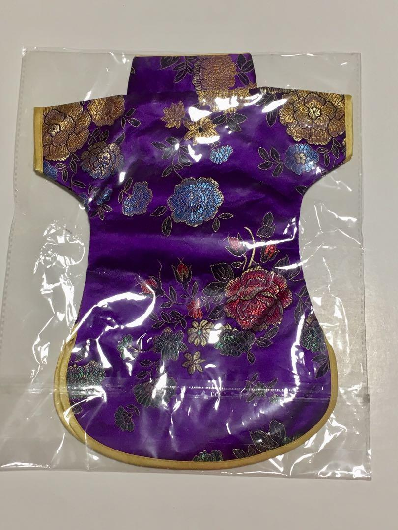 Chinese Handmade Classic Clothes Style Silk Wine Bottle Cover
