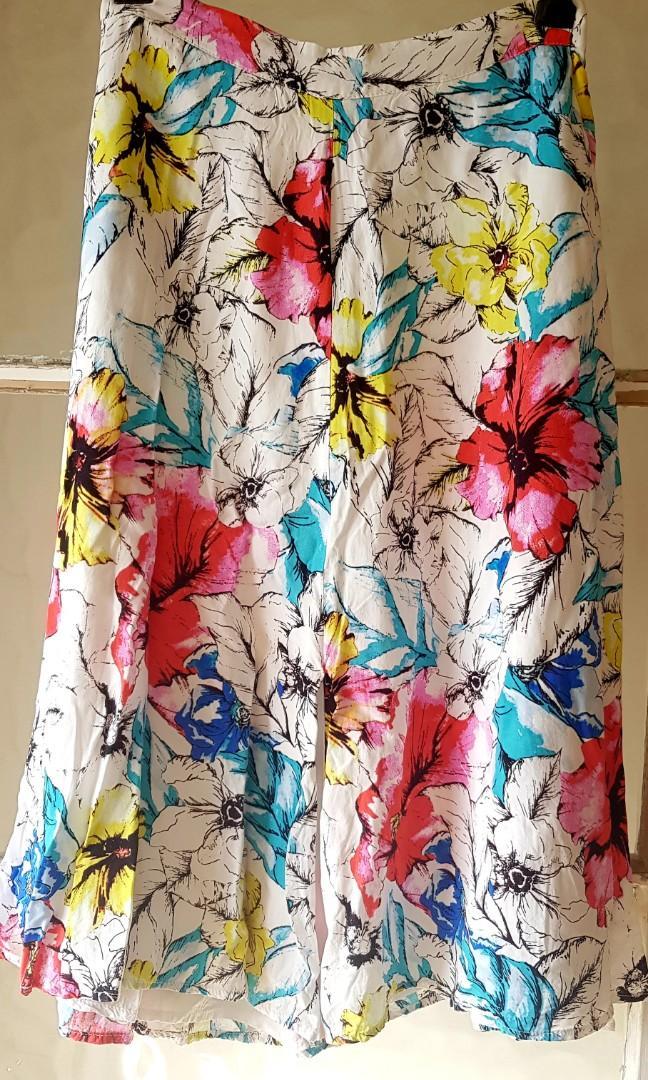 Floral Bardot skirt, size 8