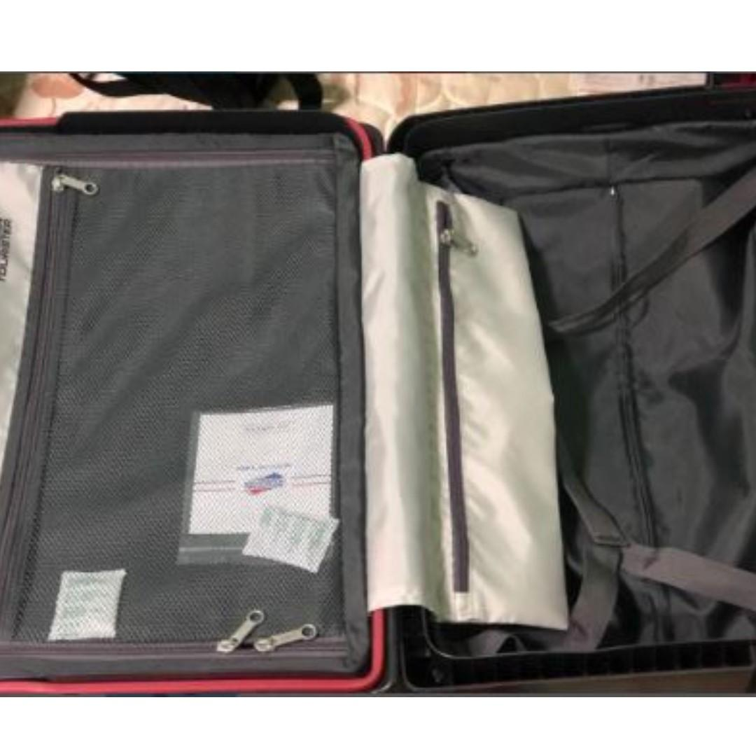 American tourister tribus spinner 55/20