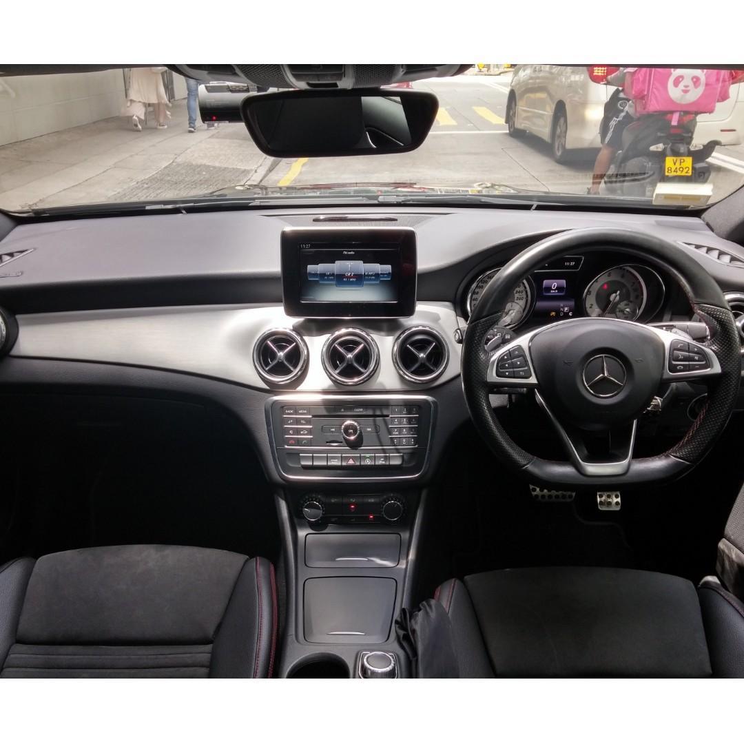MERCEDES-BENZ GLA200 AMG 2015