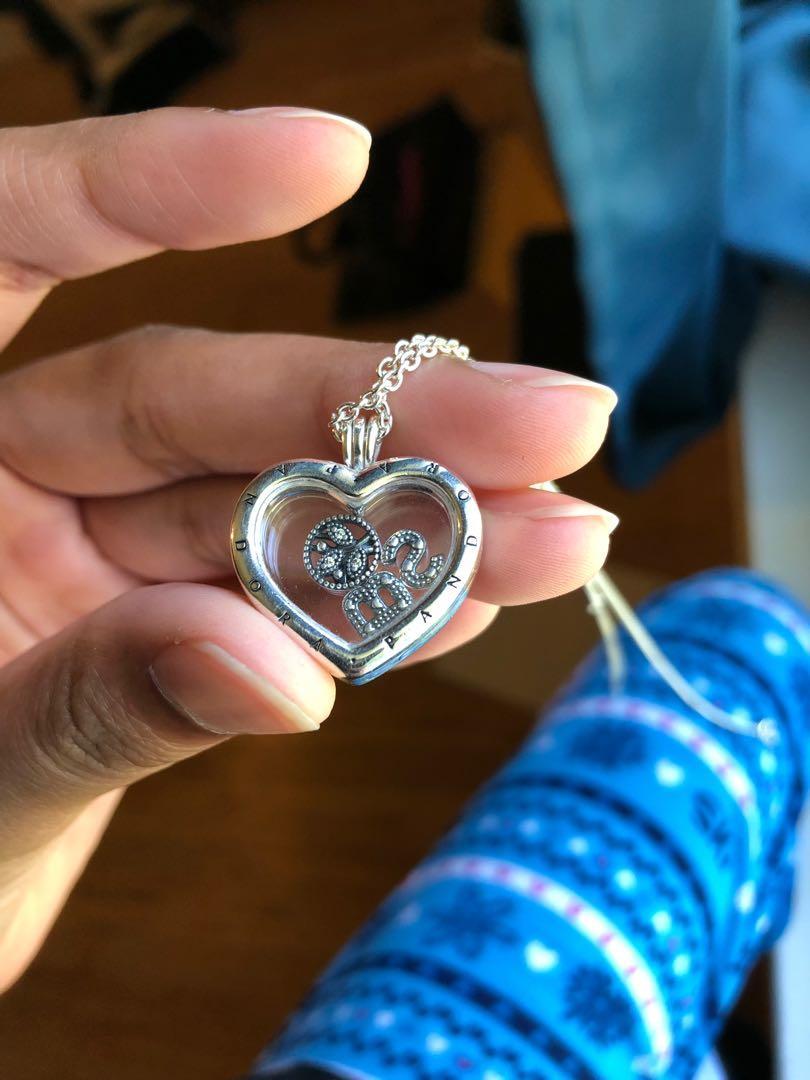 PANDORA Floating Heart Shaped Locket Set