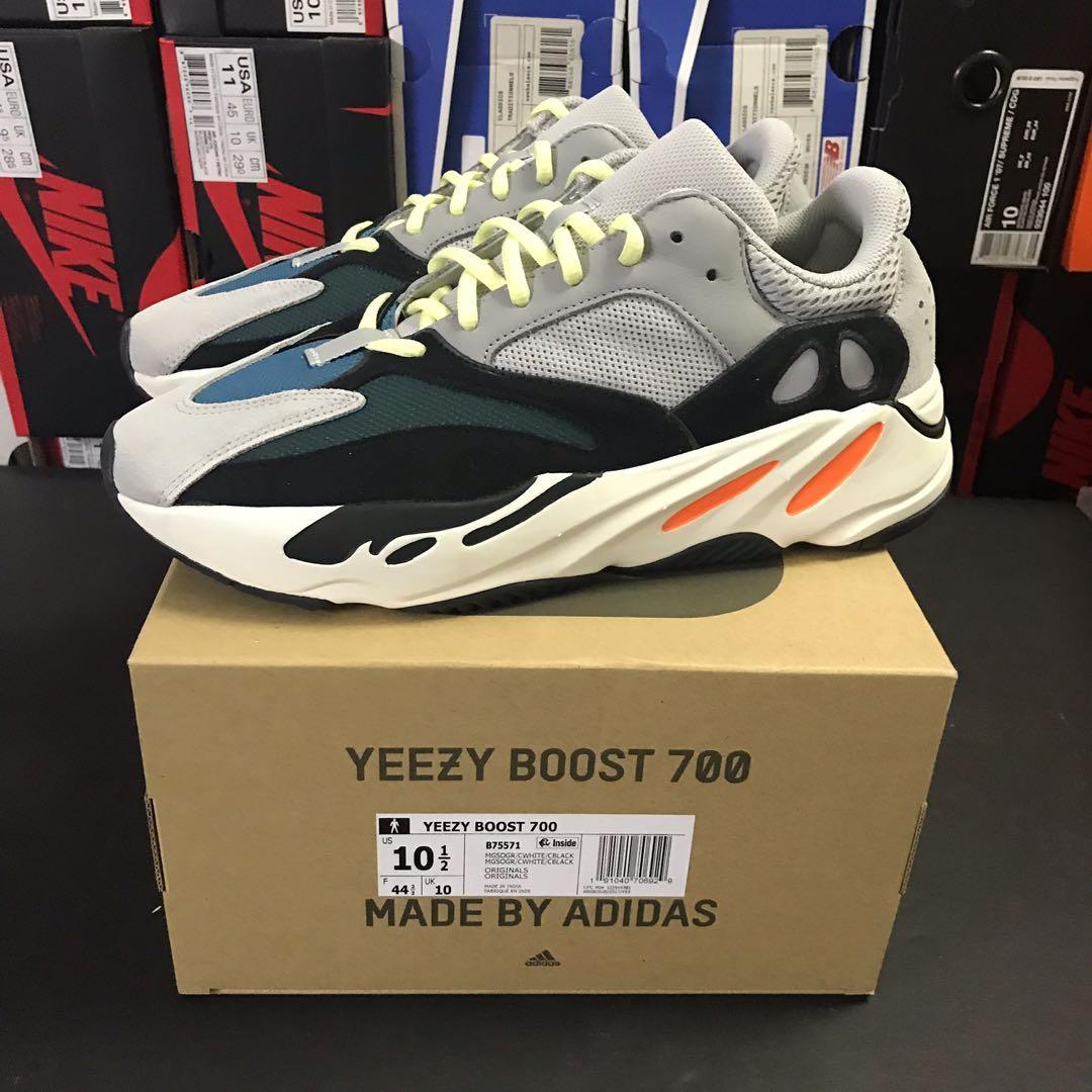 Yeezy Boost 700 OG Wave Runner US 10.5