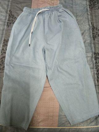 衣服+褲子+小物品