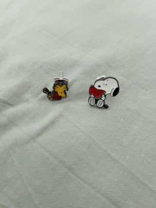 Snoopy /Alice 耳環