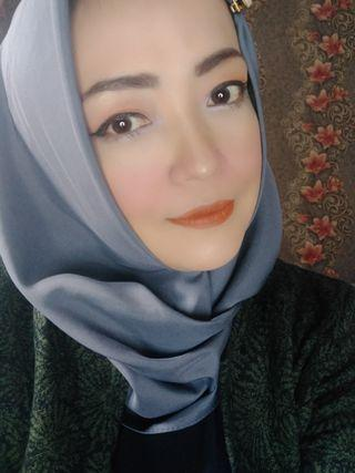 Dandan atau make up