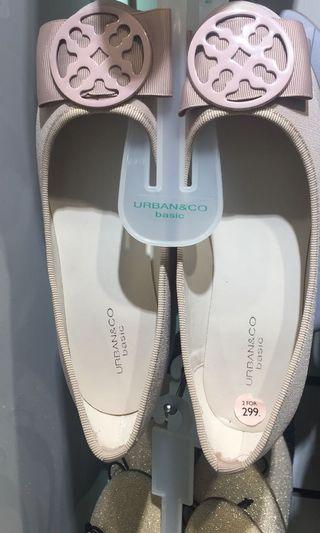 Urban and co flat shoes