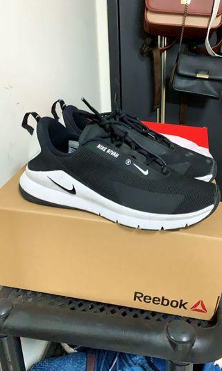 Nike運動鞋23.5