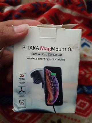PITAKA MagMount Qi (Wireless charging while driving)