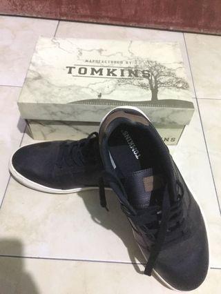 Sepatu Tomkins Original Pria