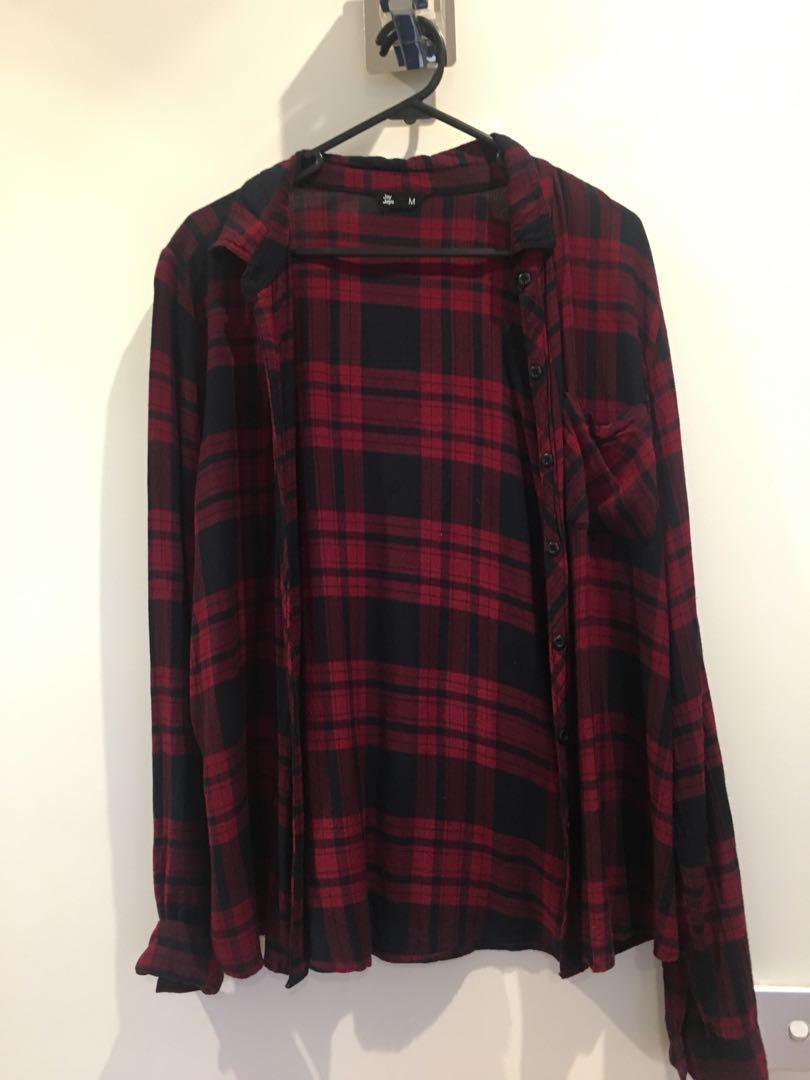 BLACK AND RED FLANNEL SHIRT