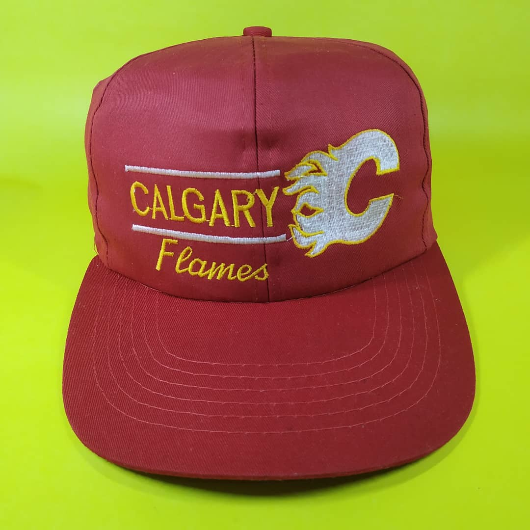 new style 002e9 fe47a Calgary Flames Vintage NHL Cap