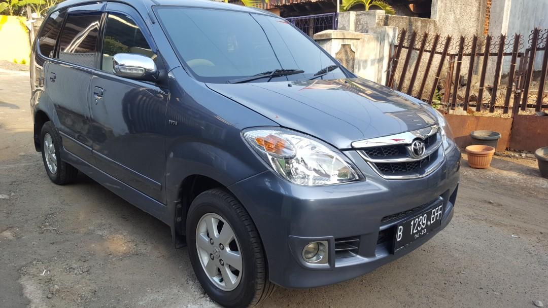 Di jual Toyota Avanza MT Tahun 2010 pajak panjang ban tebal ac dingin