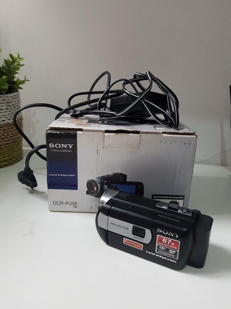 Handycam Projector Sony DCR-PJ5E/BC