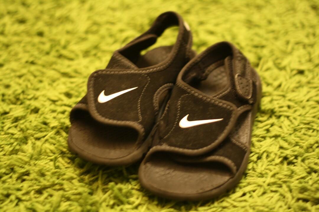 Kids Nike sandal