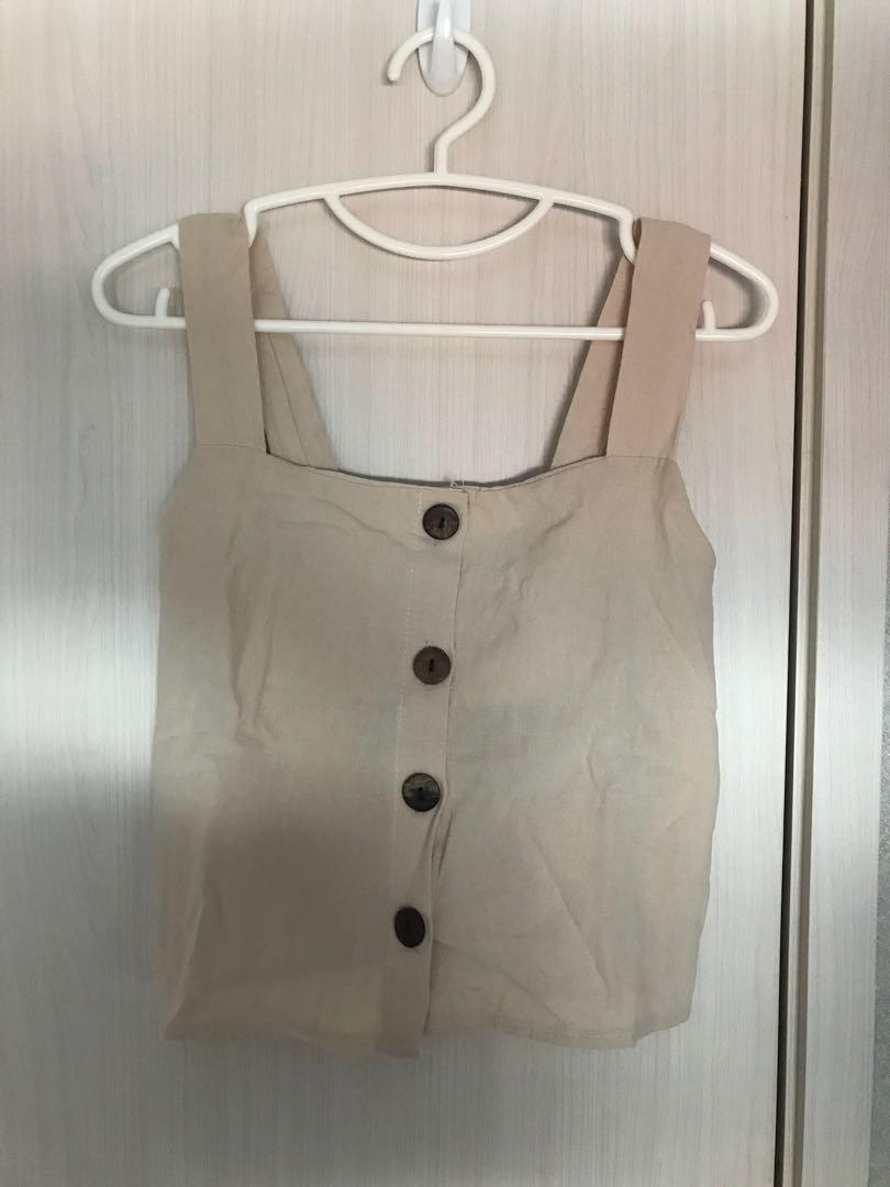 Linen crop button top