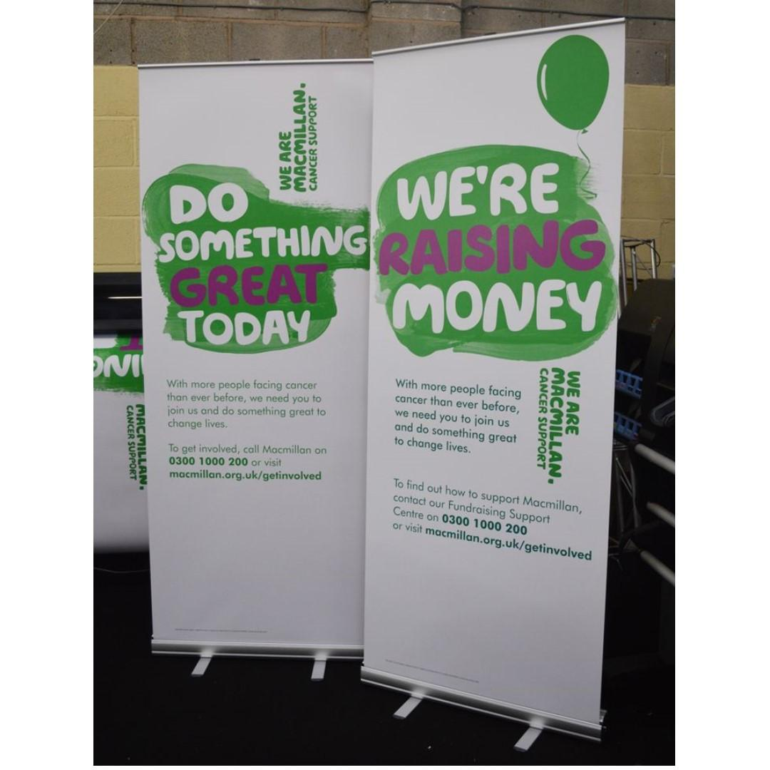 Roll Up Banner Stand Pull