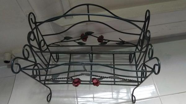 Rose themed iron set - touch of exquisite style