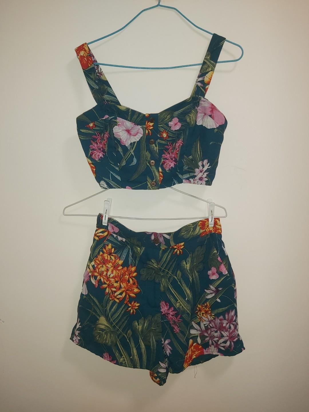 Two piece SET forever21
