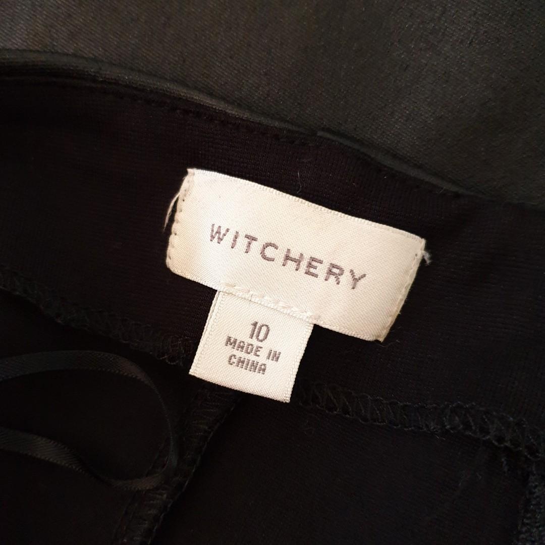Women's size 10 'WITCHERY' Stunning black stretch mini skirt- AS NEW