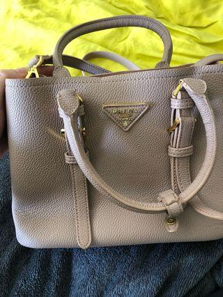 Blush bag