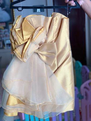 Baju Pesta Wanita Gold